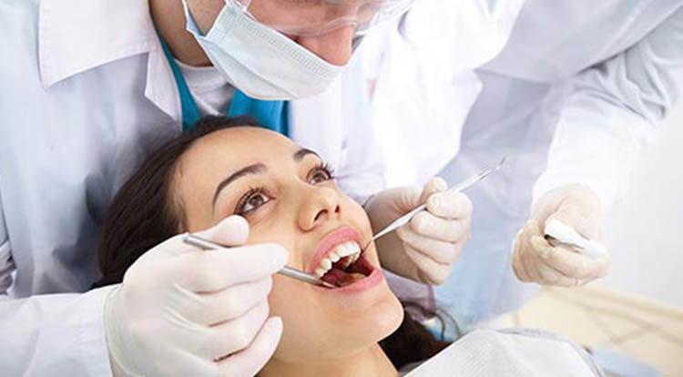 tratamento de Periodontia no rj--SB -Ortoimplante -Clinica-Odontologica-dentista-no-Rio-de-janeiro-