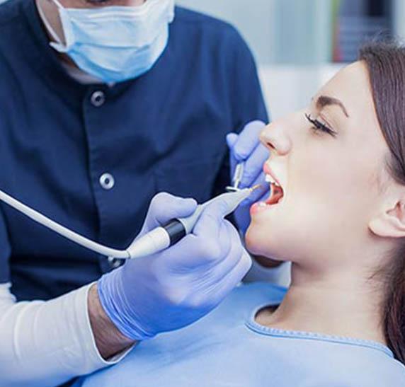 tratamento de canal no rj-2- SB-Ortoimplante -Clinica-Odontologica-dentista-no-Rio-de-janeiro-