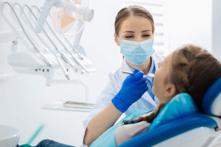 Como escolher um dentista